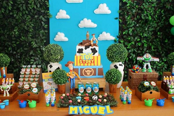Aniversario Toy Story 6-vert