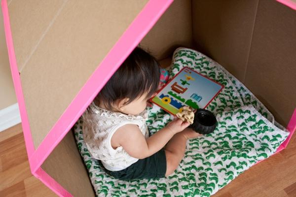 casinha de papelao para bebe 2-vert